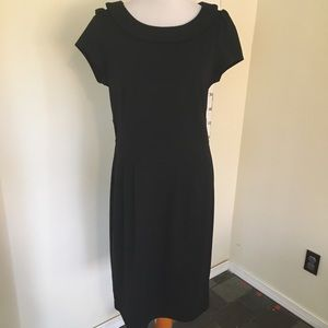 Adrienne Vittadini LBD Collared Black Dress Large